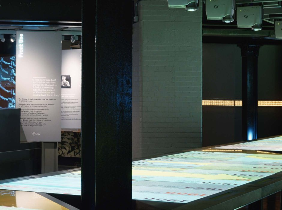Churchill Museum touchtable interactive, with Casson Mann(2005)